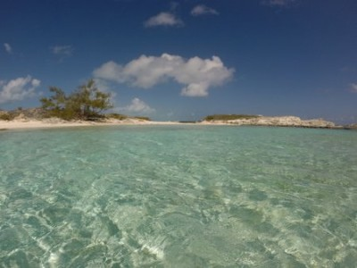 The impossibly clear Bahamas water