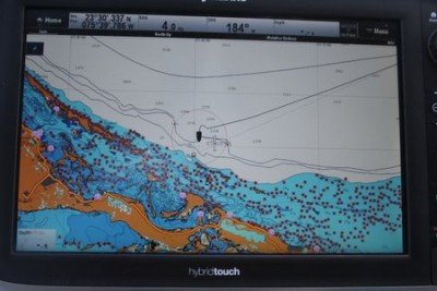 Navigating through coral heads (all the small red marks)
